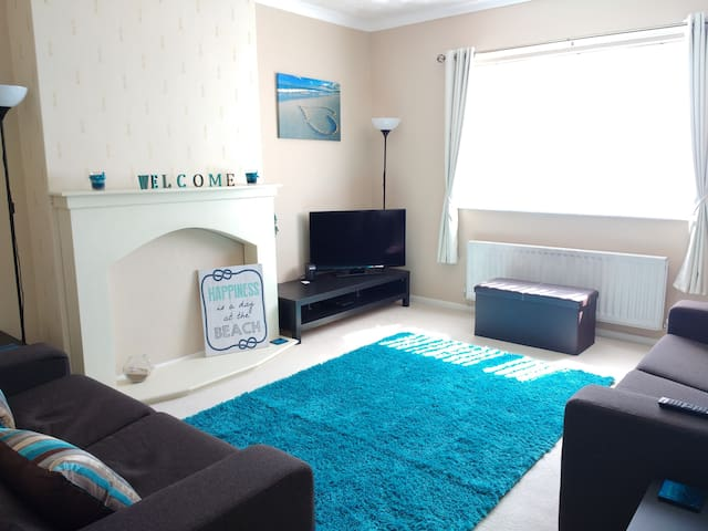 Highfield Holiday Home - South Shields - Apartament
