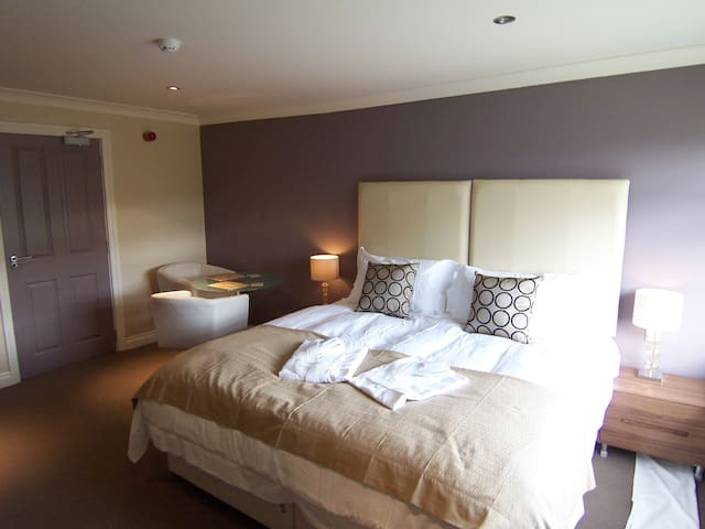 Modern Suite 4 with private bathroom & kitchenette - Bakewell - Bed & Breakfast