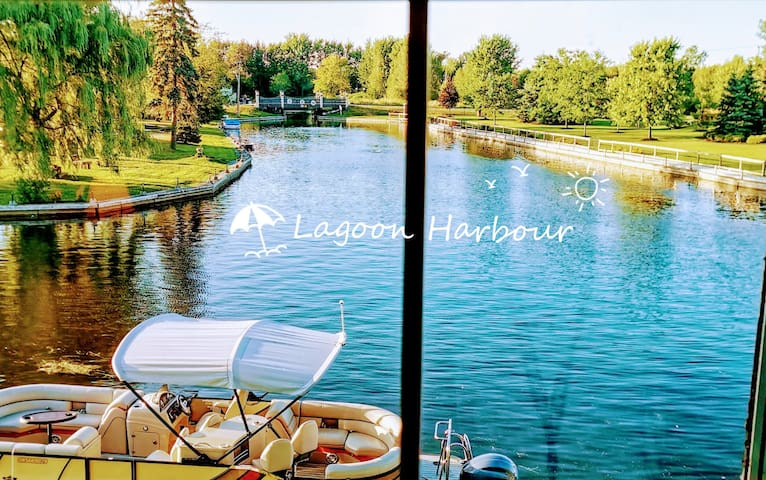 Lagoon Harbour Double Room 1st F
