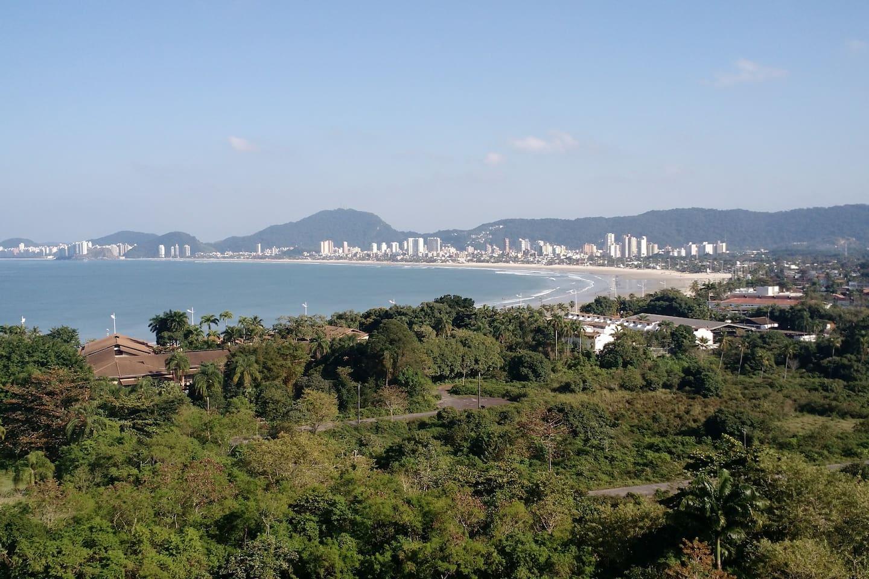 Vista espetacular praia da Enseada.