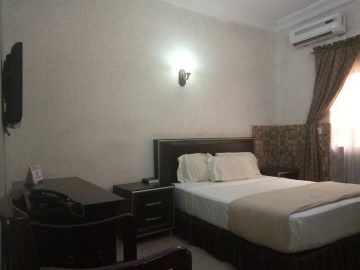 Rila Mu'am Castle Hotel - Rila Mini Room