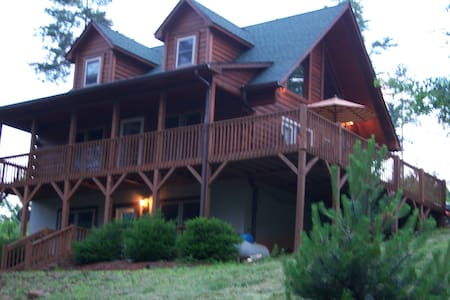 Tryon,20 min from TIEC, Gated 1 bed - Rutherfordton