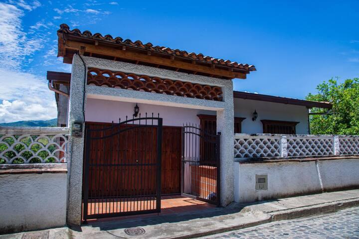 casa en santa fe de antioquia