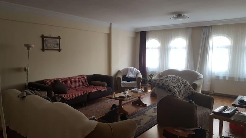 Izmir Buca 2 Balcony Apartment