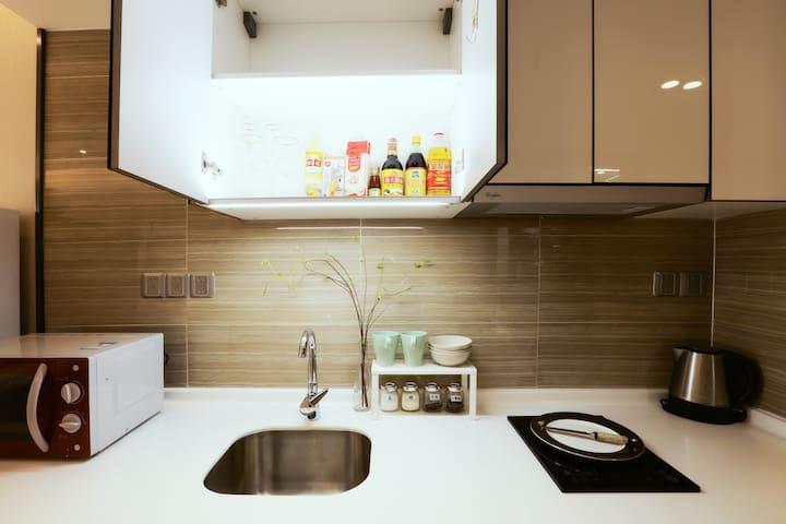 干净整洁厨台
