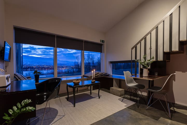 Beautiful studio with great view