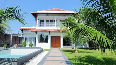 Villa Prambanan 6BedRoom (Private Smimming Pool)