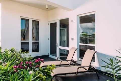 Shalimar Vacation Rental Apartment 5