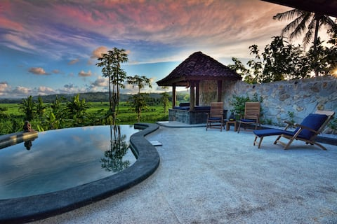 Villa Blue Steps, private villa with stunning view