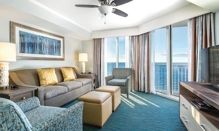 STAY IN OUR 3 BEDROOM OCEAN FRONT SUITE ✦ Wyndham Towers On The Grove Luxury Ocean Front Resort!