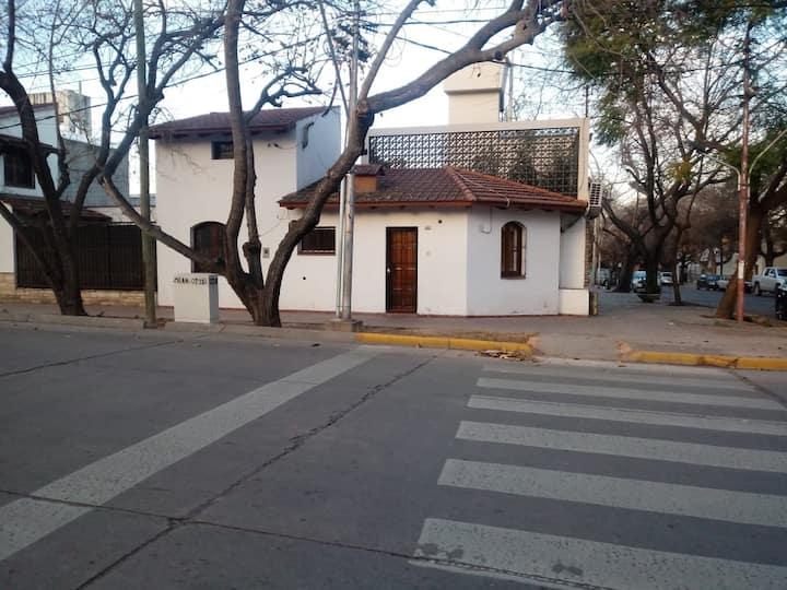 Lindo dpto económico en la mejor zona de Mendoza