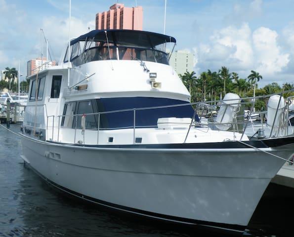 Yacht - Gulfport - Boat