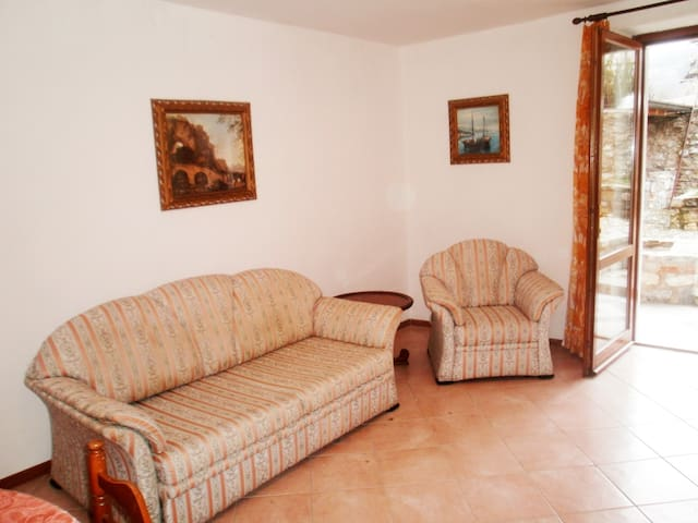 CASA RITA - APARTMENT 4 LAKE GARDA - Tremosine - Apartment