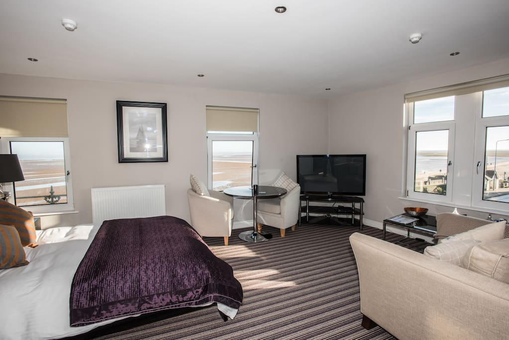 Divine Bedroom With Sea Views