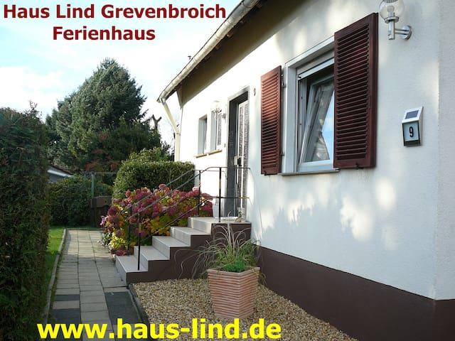 Haus Lind modernes Ferienhaus in ländlicher Idylle - Grevenbroich - Huoneisto