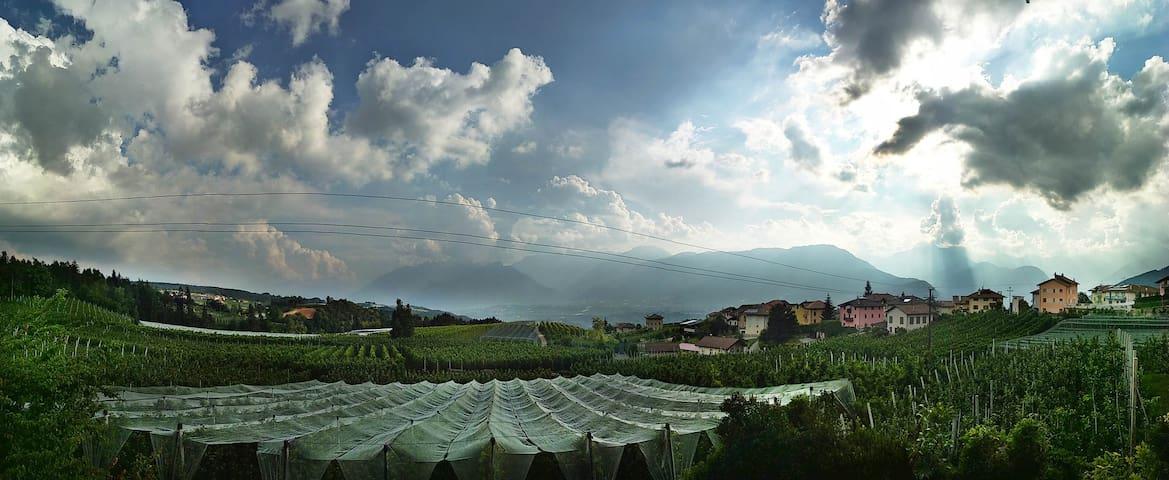Panorama con vista sulle Dolomiti di Brenta