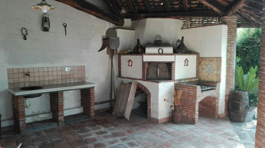 Grazioso appartamento in villa, tra Etna e mare. - Santa Venerina - Apartment
