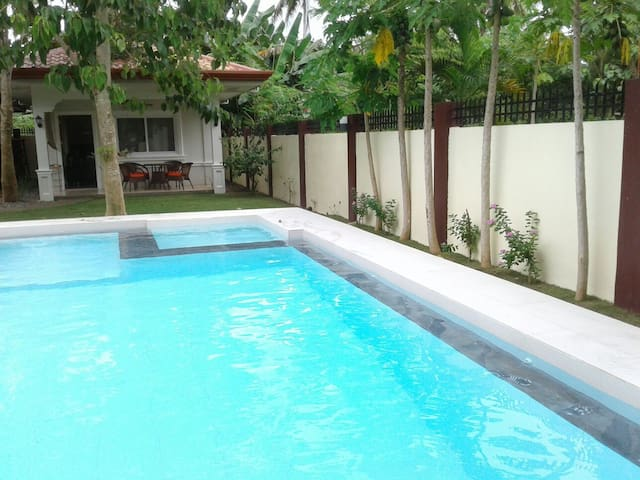 Alona Studio Bungalow with your own private pool. - Panglao - Appartement