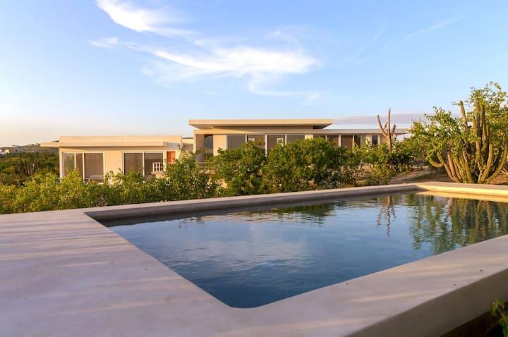 Baja Beach Luxury * Saltwater Pool * Eco Inspired