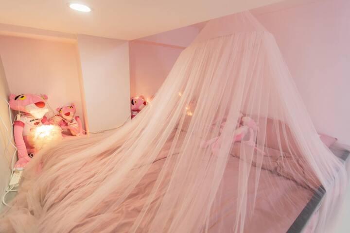 【北京路步行街3分钟】可可家-粉红豹主题 loft复式房/粉红豹/酒吧街/美食街/北京路步行街