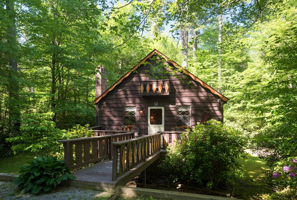 Cabin in the blue ridge mountains land harbor cabins for Boone ski cabin rentals