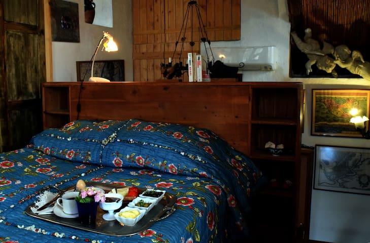 Tulip Cottage,  Akdeniz tipi taşev. - Antalya