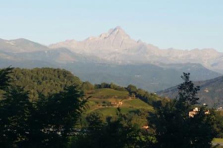 Cottage sulla collina vista Monviso - Saluzzo