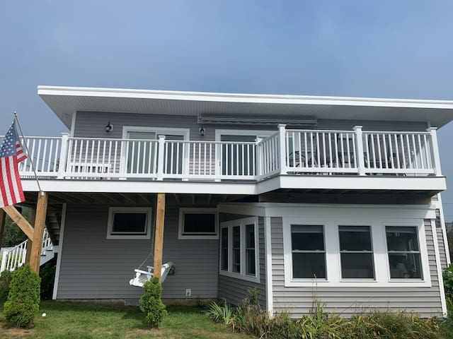 Nubble Light Vacation Home - Close to beaches