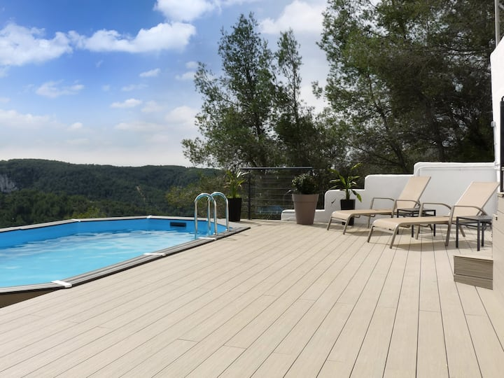 TERRAVU Charming country house with amazing views, private pool and BBQ