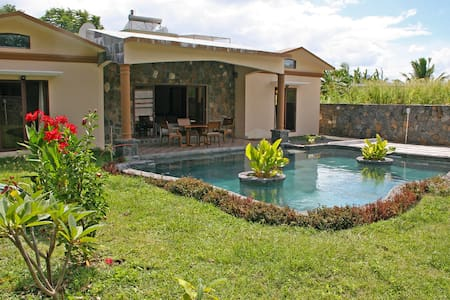 Luxury Villa (attractive package) - La Gaulette