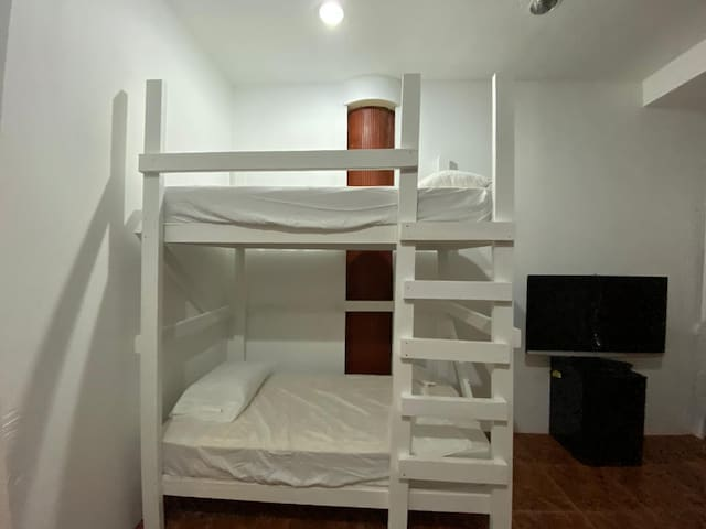 Hostel PR -Shared Mixed Bedroom Bunk Bed #4A