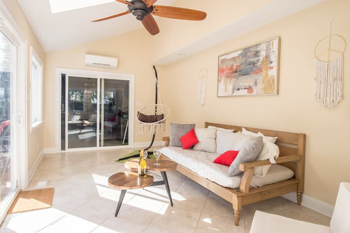 An Oasis Away, Sleeps 18, Exec. Chef Upon Request