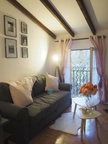 Charming studio downtown centre Aix with Wifi