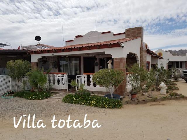 """""""Villa Totoaba""""  comodidad, paz frente al mar"""""""