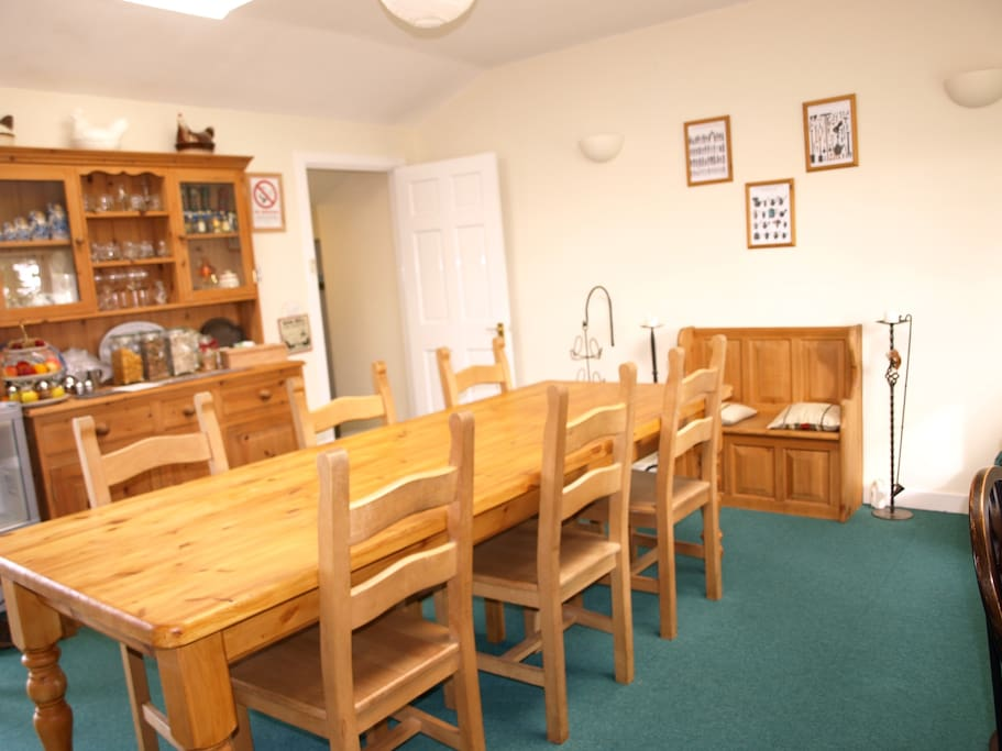 Dining room access at all times to all guests