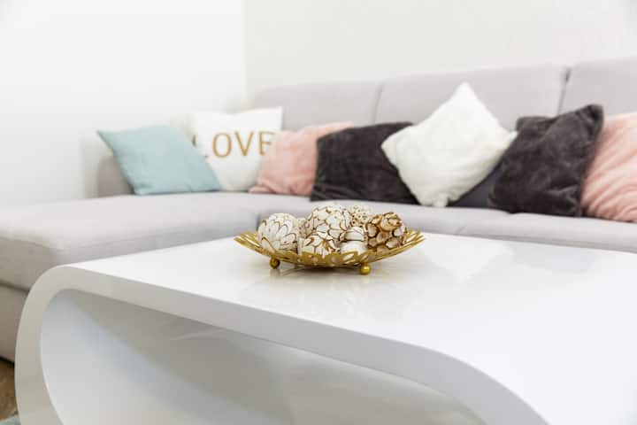 Jenny luxury two bedrooms apartment