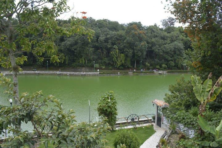 Alojamiento Vista al Lago