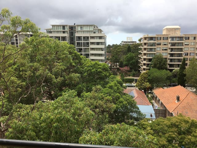 Sydney - Chatswood 2 people room - private bacony