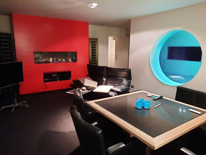 Centraal gelegen, modern ingericht  appartement