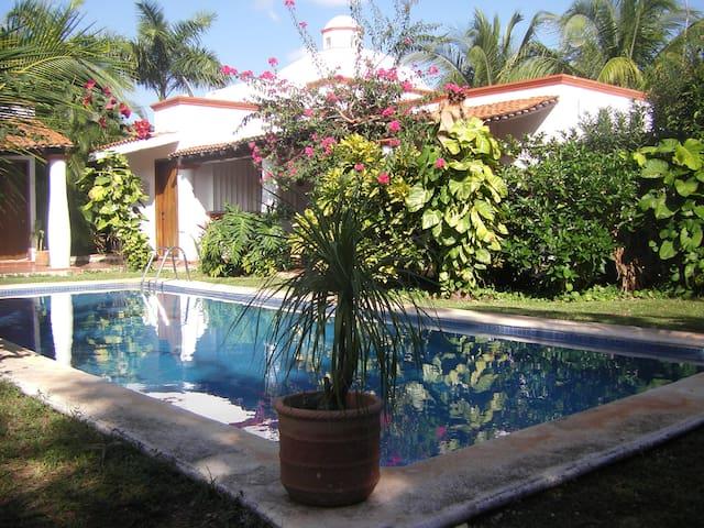 SPAciosa casa estilo mexicano con alberca! - กังกุน
