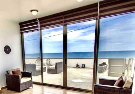 Beachfront!VACATIONvacationVACATION
