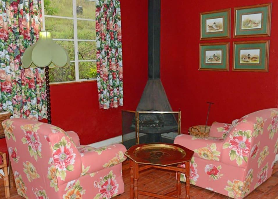Rose Cottage - Lounge
