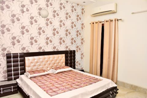 4Bhk family house Room2 Pinjore. Great location.