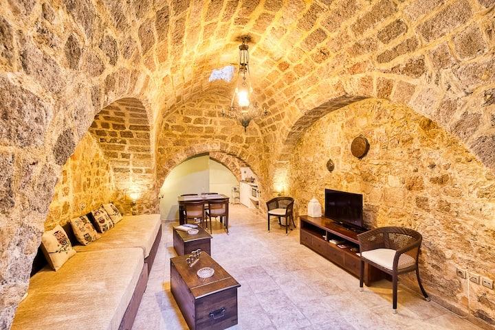 Astero Studio Apt. - Unique Medieval House