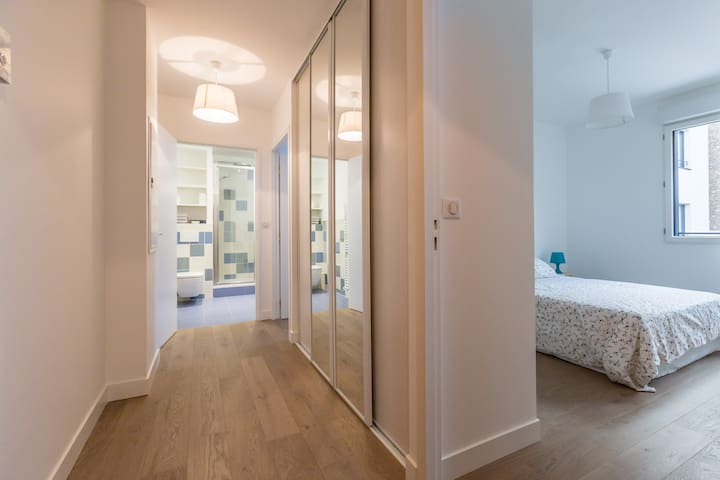 Modern and Charming 2 bedroom apartment