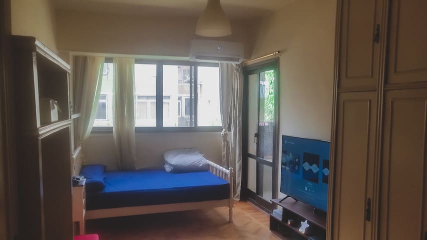 """Sunny room In Dokki with a balcony+55""""tv+ PS4"""