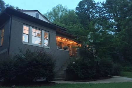 1920s home 10 mins from downtown - Birmingham - Maison