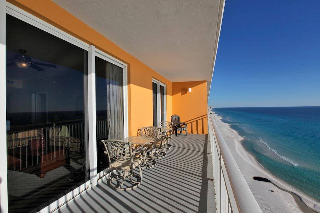 Private balcony with ocean views!