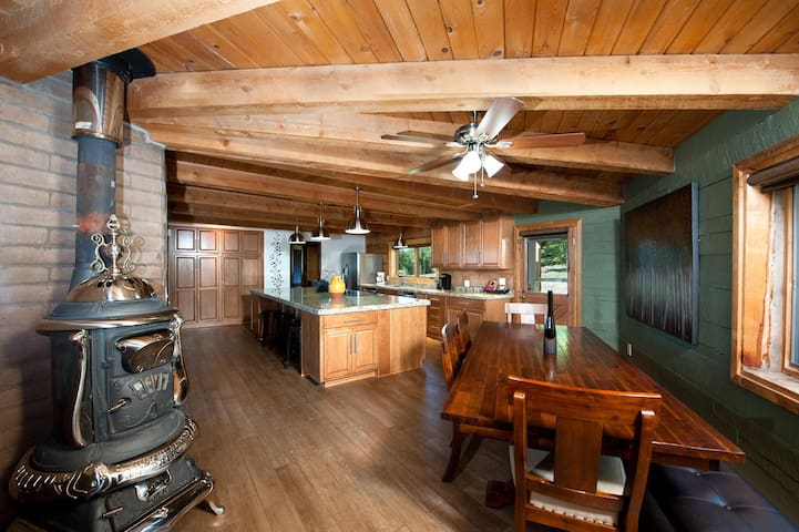 Colorado Cabin on Acreage - Great Views - River Nearby - Pool Table