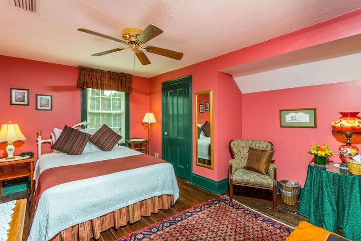 Spencer House Inn Bed & Breakfast - Room 306